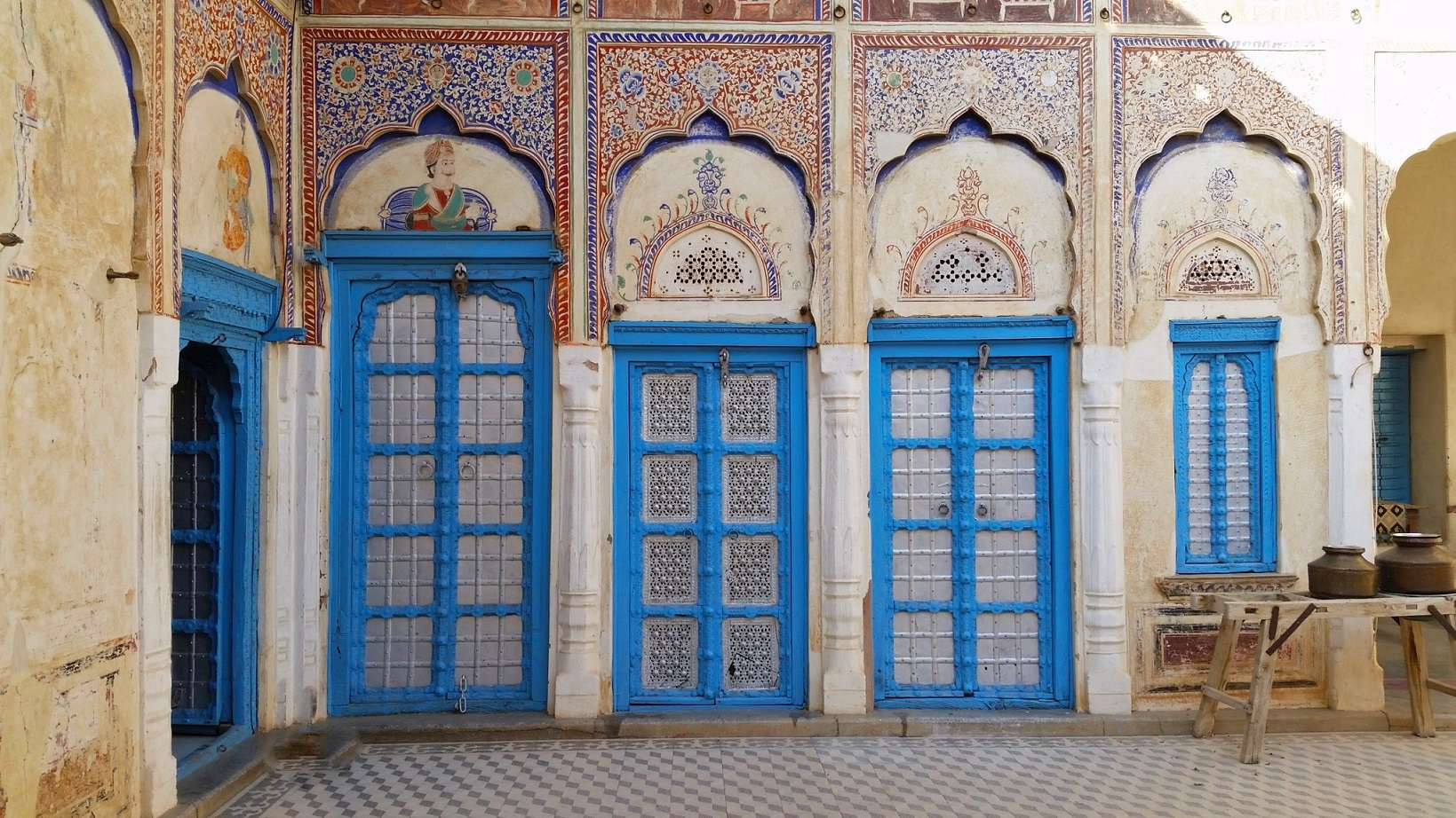 Shekhawati - A Road Trip to Abandoned India!